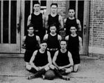 Even this Florida hoops squad --- the first --- might have outwitted Tubby's overmatched Gophers' squad.